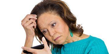 Tipos, causas y técnicas para combatir la alopecia femenina