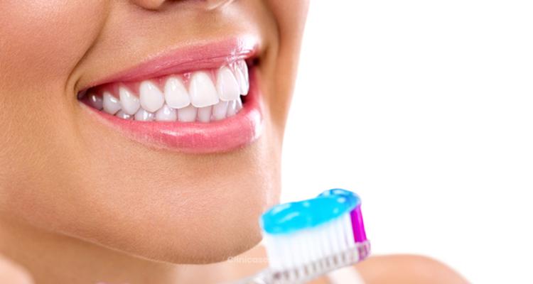 Sonreír saludablemente: La importancia de la salud bucal