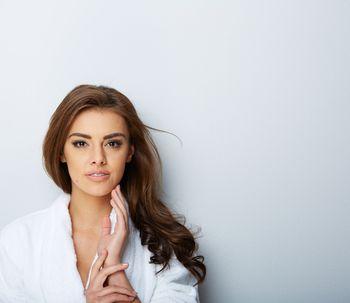 ¿Conocías el efecto paradójico de la depilación láser facial?
