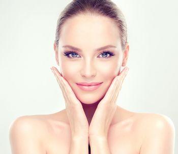 Descubre lo que una limpieza profesional puede hacer por tu piel