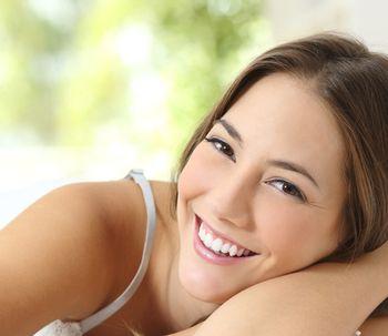 Carillas dentales, una sonrisa de cine es posible...