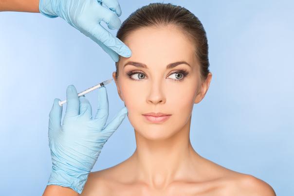 ¿Cuáles son los principales tratamientos anti-bolsas en los ojos en el caso de no querer someterse a una cirugía?